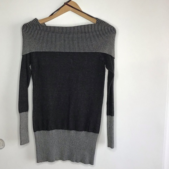 Guess Tops - Guess black and gray sweater shirt